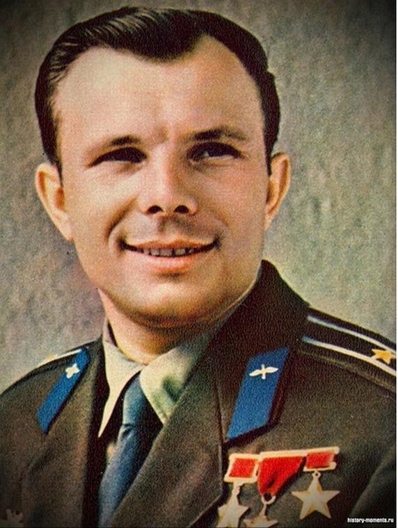 Куда исчез космонавт Юрий Гагарин после авиакатастрофы?