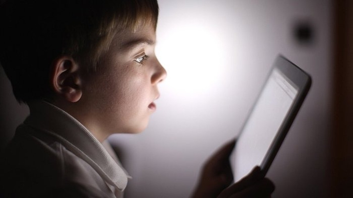 are children smarter or more socialized because of the internet